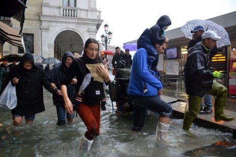 Проливные дожди привели к наводнению в Тоскане и Лигурии. Фото: Marco Sabadin,Marco Sabadin/AFP/GettyImages
