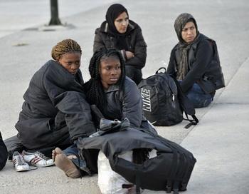 Иммигранты в Германии. Фото: ARIS MESSINIS/AFP/Getty Images