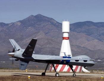 Беспилотный самолет ВВС США «Predator B». Фото: Gary Williams/Getty Images