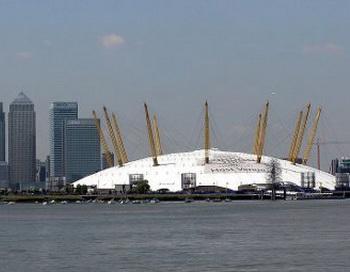 Арена O2. Фото пользователя Adrian Pingstone с сайта wikimedia.org