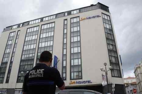 Крупная партия драгоценностей похищена из отеля в Каннах. Фото: ANNE-CHRISTINE POUJOULAT/AFP/Getty Images