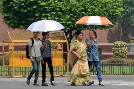 От очень сильной жары за два последних месяца в Индии скончались 524 человека, их смерть наступила от теплового удара. Фото: RAVEENDRAN/AFP/Getty Images