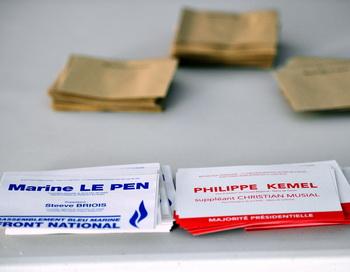 Бюллетени на избирательном участке во Франции, 17 июня 2012 года. Фото: PHILIPPE HUGUEN / AFP / GettyImages