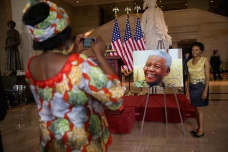 Международный день Нельсона Манделы отметили в конгрессе США 18 июля 2013 года, когда легендарному борцу с апартеидом исполнилось 95 лет. Фото: Chip Somodevilla/Getty Images