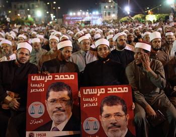 «Братья-мусульмане» призывают голосовать за Мухаммеда Мурси, Египет. Фото: John Moore / Getty Images