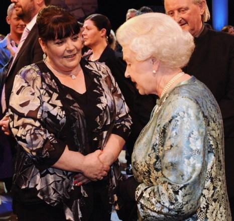Фоторепортаж о продолжении  исторического визита королевы Елизаветы II в Ирландию.  Фото:  Oli Scarf/Chris Jackson/Pool/Getty Images