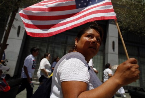 Фоторепортаж. День протеста  прошел в Лос-Анджелесе 1 мая. Фото: Eric Thayer/Getty Images