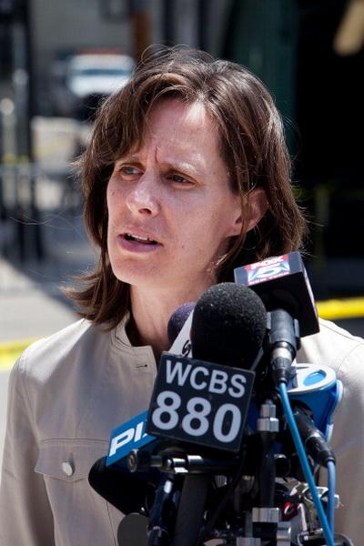 Фоторепортаж с места железнодорожной катастрофы в Нью-Джерси. Фото: Andrew Burton/Getty Images