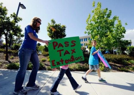 Фоторепортаж с акции протеста против принятия нового закона в Калифорнии. Фото: Kevork Djansezian/Getty Images
