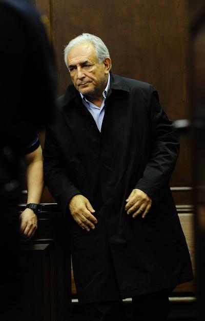 Фоторепортаж о слушаниях по делу об изнасиловании главой МВФ Домиником Стросс-Каном. Фото: AFP PHOTO/POOL/SHANNON STAPLETON
