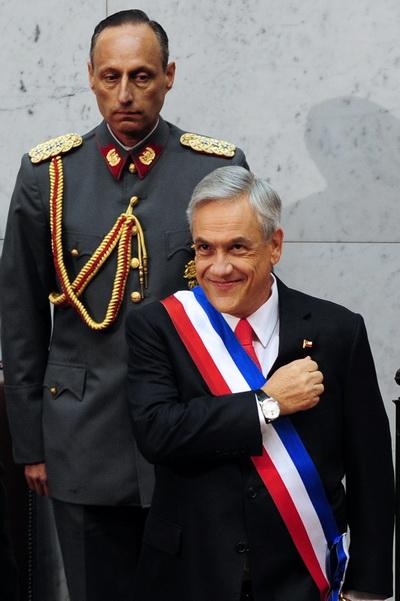Фоторепортаж об акции протеста в Чили против политики президента Себастьяна Пиньеры. Фото: AFP PHOTO/ARIEL MARINKOVIC