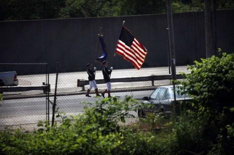 Фоторепортаж о  подготовке ко Дню памяти в США. Фото: Spencer Platt/Getty Images