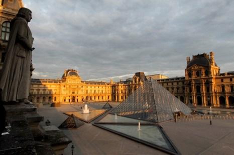 Лувр — один из прекраснейших музеев в мире. Фото: Yves Forestier/Getty Images