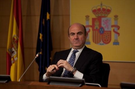 Министр финансов Испании Луис де Гуиндос после встречи министров финансов стран еврозоны 9 июня 2012 года. Фото: Pablo Blazquez Dominguez/Getty Images