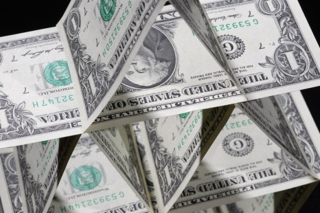Чёрная дыра мира экономики – офшоры. Фото: Dan Kitwood/Getty Images