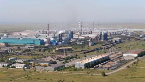 Rusal прошлый год завершил с непредвиденными убытками. Завод компании UC Rusal в Саяногорске. ALEXANDER NEMENOV/AFP/Getty Images