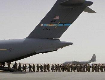 Фото:  США начали вывод войск из Афганистана. Фото: suedostschweiz.ch