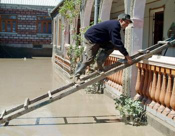 Наводнение в Тбилиси. Фото: STR/AFP/Getty Images