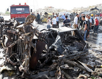 Место взрыва автомобиля, Сирия. Фото: LOUAI BESHARA/AFP/GettyImages