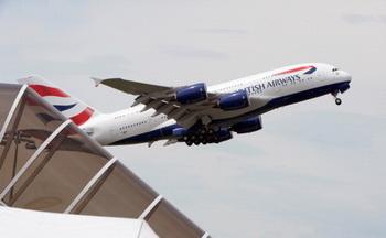 Авиакомпания British Airways «потеряла» российского школьника. Фото: ERIC PIERMONT/AFP/Getty Images