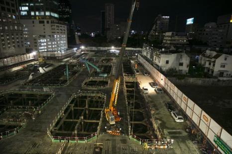 Строительство жилищно-офисных комплексов в Бангкоке, 16 августа 2013 года. Фото: Paula Bronstein/Getty Images