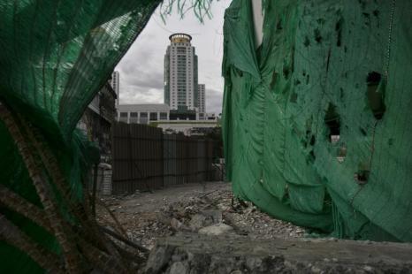 Строительство в деловом центре Бангкока, 16 августа 2013 года. Фото: Paula Bronstein/Getty Images