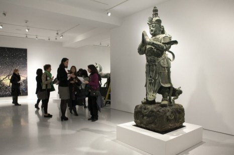 Китайский бронзовый охранник храма XV века, галерея Жизель Круэс, Нью-Йорк, 12 марта, 2014. Фото: Samira Bouaou/Epoch Times