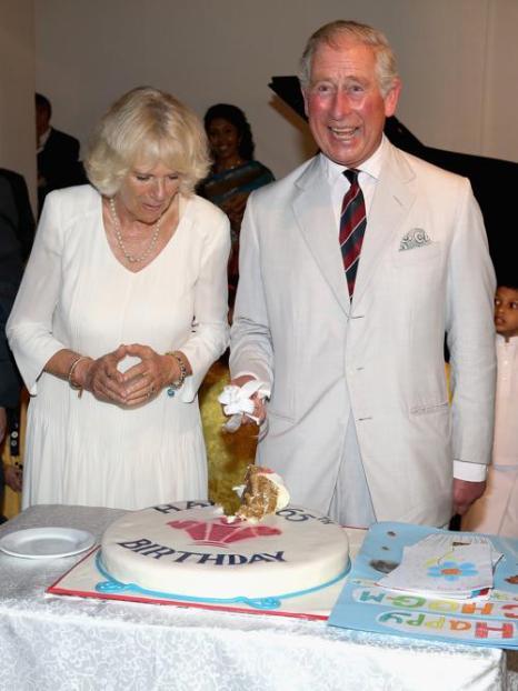 В первый день визита в Шри-Ланку, 14 ноября 2013 года, принц Чарльз с супругой отметил своё 65-летие. Фото: Chris Jackson / Getty Images