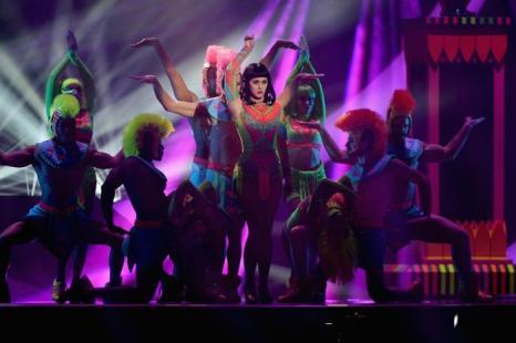 Кэти Перри выступила на церемонии вручения британской музыкальной премии Brit Awards 2014 в Лондоне.  Фото: Ian Gavan/Getty Images