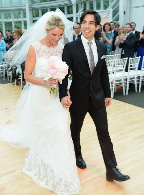 Свадьба известной американской актрисы Катрины Боуден и её друга детства Бена Джоргенсена состоялась 24 сентября 2013 года в Бруклинском ботаническом саду Нью-Йорка. Фото: Dimitrios Kambouris/Getty Images for US Weekly
