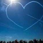 фото дня, фото, сердце в небе, высший пилотаж, рисунок в небе