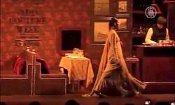 Навеянная эпохой Великих Моголов коллекция одежды блистала на показе в Нью-Дели