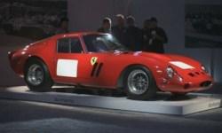 На аукционе в США Ferrari продали за рекордные 38 миллионов долларов