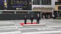 В Лос-Анджелесе готовят красную дорожку для вручения «Эмми»