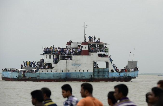 Паром, Бангладеш, судно