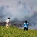 На Гавайях поток лавы подошёл к местному кладбищу