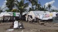 Филиппины: после прошлогоднего тайфуна 25 тысяч человек по-прежнему живёт в трущобах