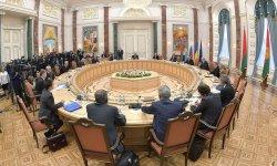 Переговоры в Минске идут уже более 11 часов
