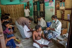 Народная клиника в Индии, где лечат переломы без обезболивания, рентгена и гипса. Фото: Татьяна Виноградова/Великая Эпоха
