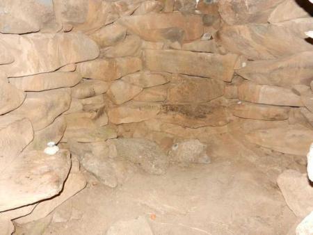 Вид внутри погребальной камеры. Фото: CC BY-SA 3.0