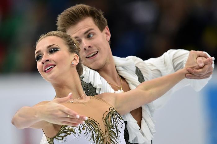 Виктория Синицина и Никита Кацалапов. Фото: KIRILL KUDRYAVTSEV/AFP/Getty Images