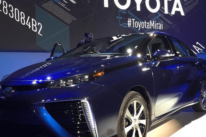 Toyota Mirai, Toyota, Япония