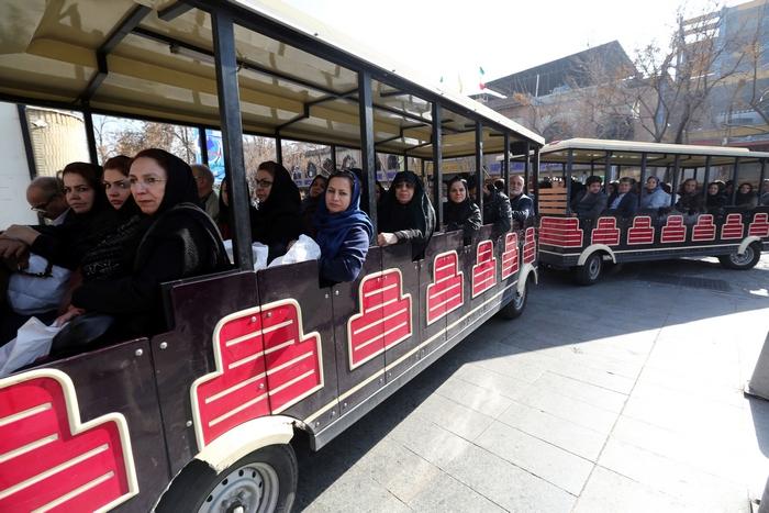 Иранские туристы. Фото: ATTA KENARE/AFP/Getty Images