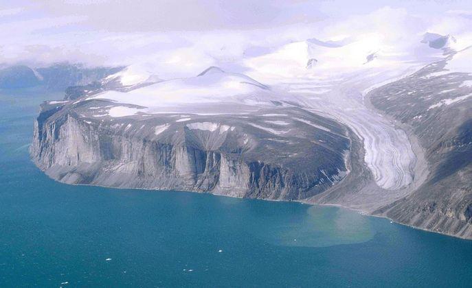 Канадское побережье в Арктике. Фото: Ansgar Walk/wikipedia.org/CC BY-SA 2.5