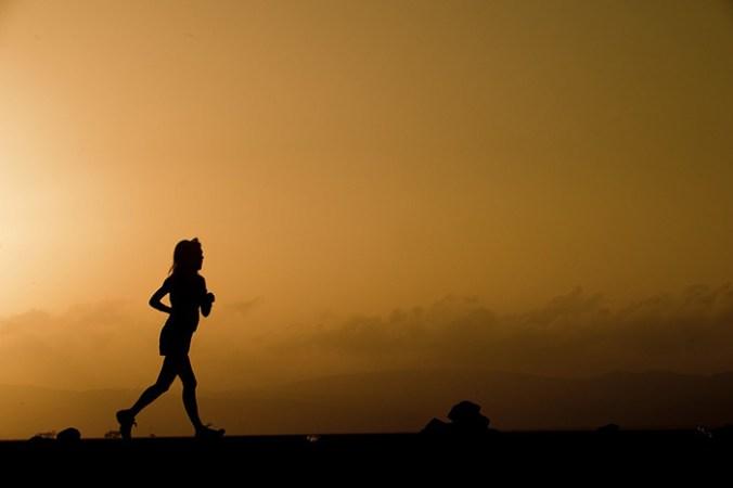 тренировка, бег, закат