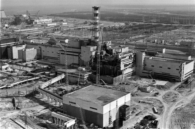 Чернобыльская АЭС после аварии в 1986 году. Фото: VLADIMIR REPIK/AFP/Getty Images