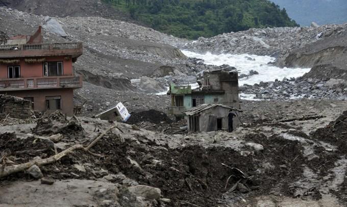 Жители Непала часто становятся жертвами оползней. Фото: PRAKASH MATHEMA/AFP/Getty Images