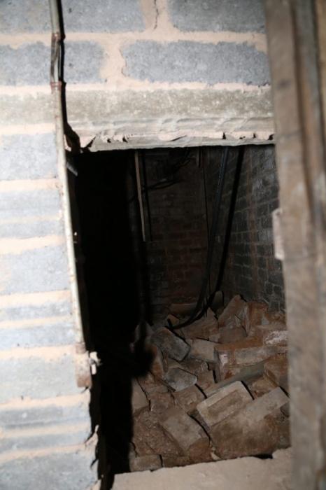 подземелье, комната, лестница
