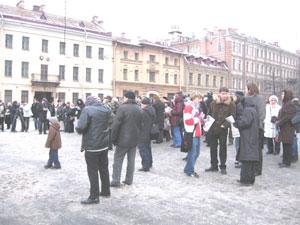 Закончили проведение мероприятия митингом на площади имени академика Сахарова. Фото: Великая Эпоха.
