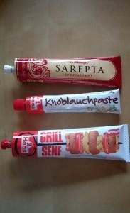 Degustabox Februar Haas Koblauchpaste und Grillsenf + Dr. Schweitzer Sarepta Spezialsenf